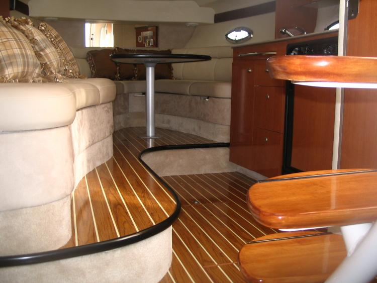 Design d int rieur bateau max nautique for Design interieur advies d i a